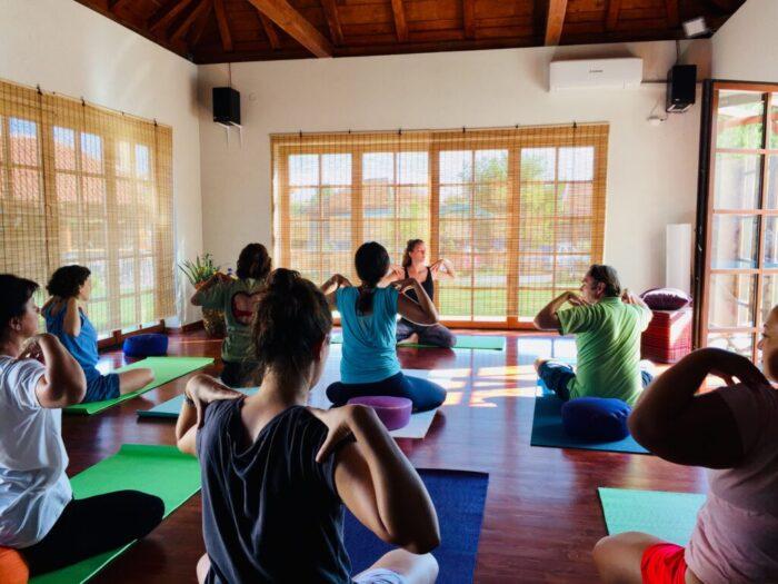 holistički odmor na tari monja svec joga